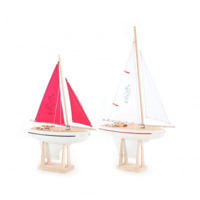 serie des bateaux voiliers Tirot 700